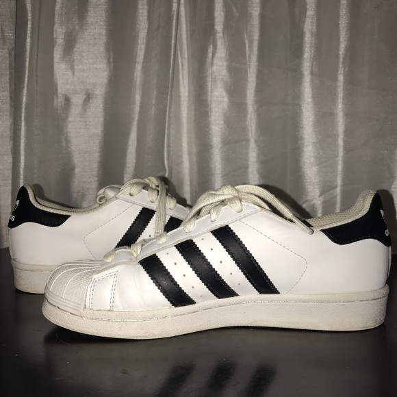 adidas superstar size 4 us